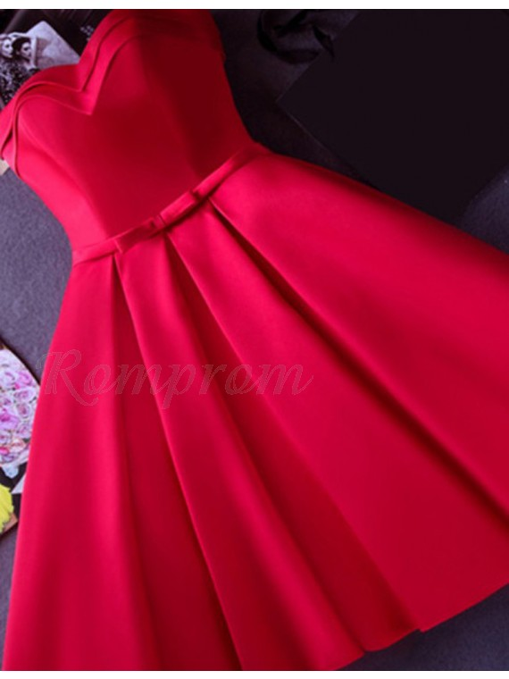 A-Line Sweetheart Sleeveless Pleats Lace-up Red Short Prom Dress with Sash