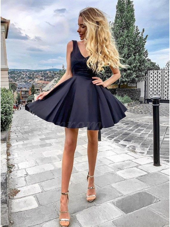 V-Neck Sleeveless Short Dark Navy Homecoming Dress Backless Party Dress