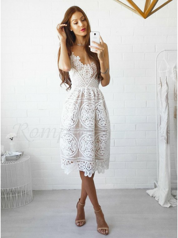 A-Line Spaghetti Straps Knee-Length White Lace Prom Homecoming Dress