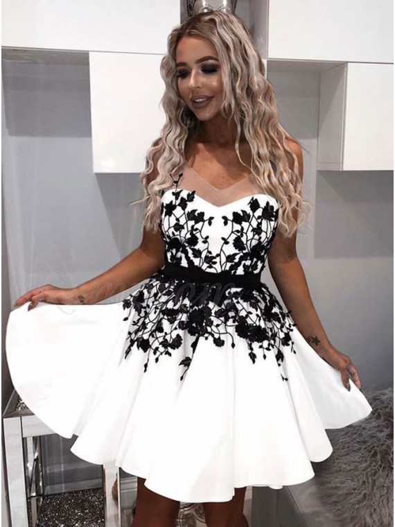 A-Line V-Neck Backless Above-Knee White Homecoming Dress with Appliques