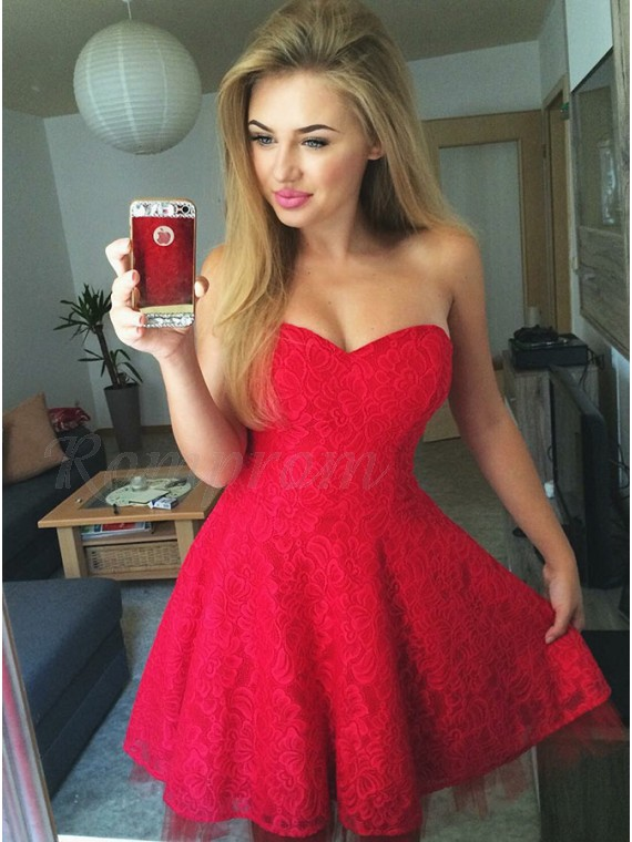 A-Line Sweetheart Sleeveless Short Red Lace Homecoming Dress