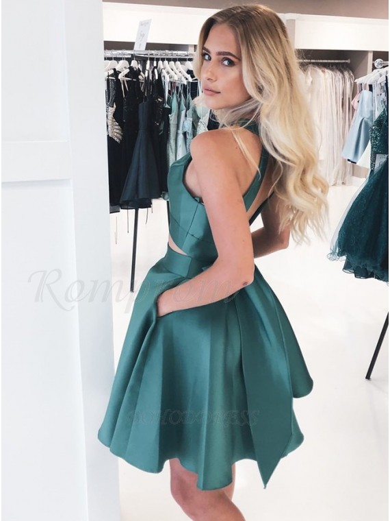 Two Piece Jewel Open Back Short Dark Green Homecoming Dress with Pockets