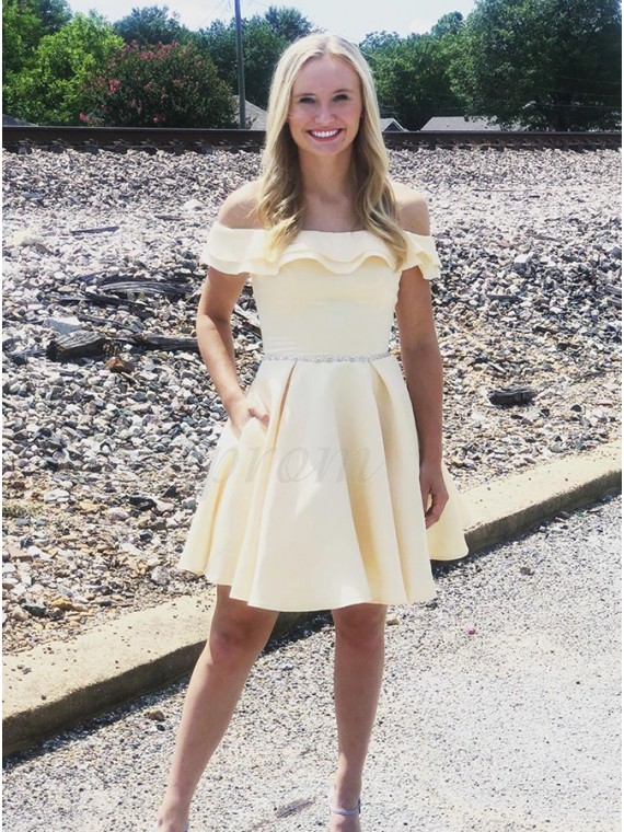 Off-the-Shoulder Short Sleeves Yellow Homecoming Dress with Pockets
