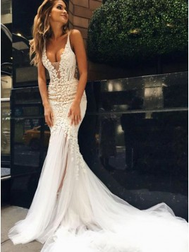 Mermaid V-Neck Backless Lace Wedding Dress with Appliques