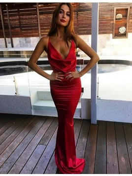 Mermaid Elegant Red Deep V-Neck Sweep Train Prom Dress