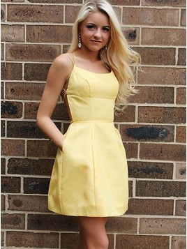 A-Line Spaghetti Straps Above-Knee Yellow Homecoming Dress with Pockets
