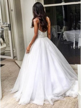 Ball Gown Spaghetti Sweep Train Tulle Wedding Dress with Appliques