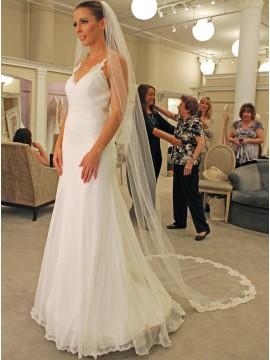 Mermaid Spaghetti Straps Sweep Train White Wedding Dress with Appliques