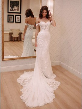 Off-the-Shoulder Mermaid Wedding Dress with Lace Appliques