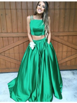 Two Piece Spaghetti Straps Green Long A-Line Prom Dress with Pockets