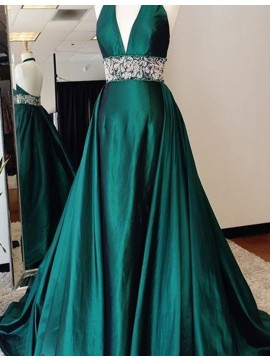 Sexy Hunter Halter Sleeveless Sweep Train Backless Prom Dress with Beading