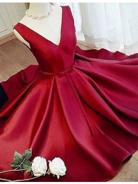 A-Line V-Neck Short Red Prom/Homecoming Dress with Sash Pleats