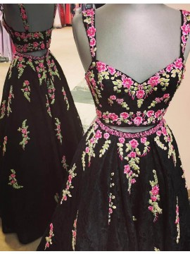Two Piece Black Lace Scoop Floor-length Prom Dress with Appliques