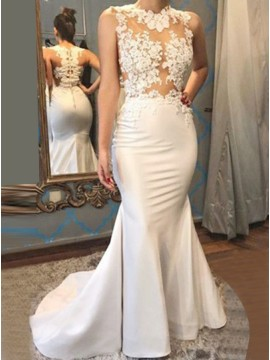Mermaid Scalloped Button Beaded White Prom Dress with Appliques