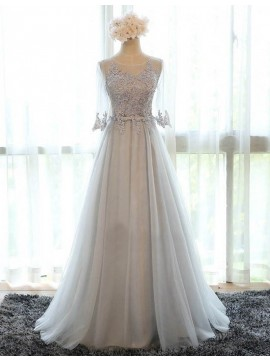 A-line Jewel 3/4 Sleeves Grey Bridesmaid Dress with Lace Appliques