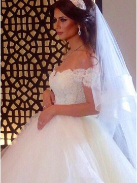 Ball Gown Sweetheart Off-the-Shoulder Appliques Tiered Ball Gown Wedding Dress