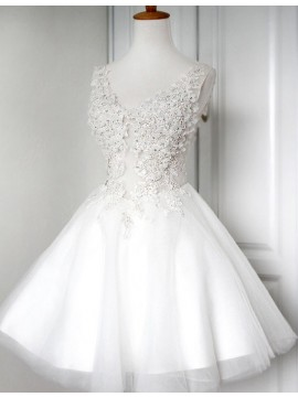 A-Line V-Neck White Tulle Short Homecoming Dress with Beading Appliques