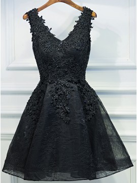A-Line V-Neck Appliques Short Black Homecoming Dress