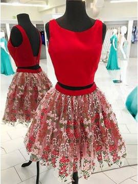 Two Piece Crew Neck Backless Red Homecoming Dress with Appliques