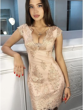 Sheath V-Neck Cap Sleeves Short Champagne Homecoming Dress with Appliques