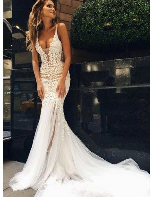 Mermaid Spaghetti Straps Backless Lace Wedding Dress with Appliques
