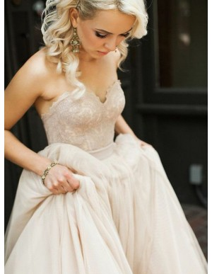 A-line Sweetheart Light Champagne Beach Wedding Dress with Lace Sashes