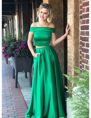 Two Piece Off-the-Shoulder Green Prom Dress with Beading Pockets