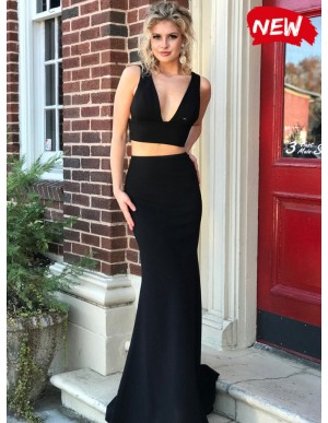 Two Piece Mermaid V-Neck Lace-Up Sexy Black Prom Dress