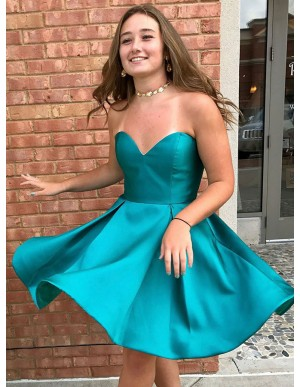 A-Line Sweetheart Above-Knee Blue Satin Prom Dress with Pleats