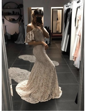Mermaid Spaghetti Straps Sweep Train Light Champagne Lace Prom Dress