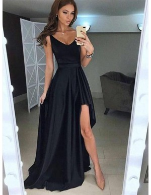 Simple V-Neck Black Prom Dress With Split Sleeveless Long Party Dress