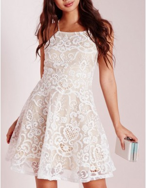 A-Line Halter Criss-Cross Straps Short White Lace Homecoming Cocktail Dress