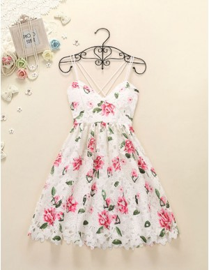 A-Line Spaghetti Straps Floral White Lace Short Homecoming Dress