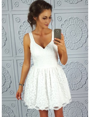 A-Line Straps Short White Simple Lace Homecoming/Cocktail Dress