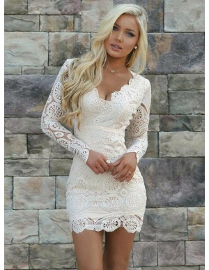 Sheath V-Neck Long Sleeves Open Back Short White Lace Homecoming Cocktail Dress