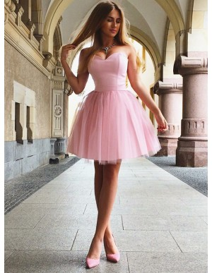 A-Line Sweetheart Lace-Up Above-Knee Pink Pleated Homecoming Dress