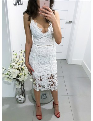 Sheath Spaghetti Straps Tea-Length White Lace Cocktail Dress